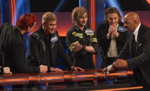 5 Seconds of Summer on Celebrity Family Feud