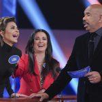 Lisa Rinna, Kyle Richards, Steve Harvey on Celebrity Family Feud (ABC/Byron Cohen)