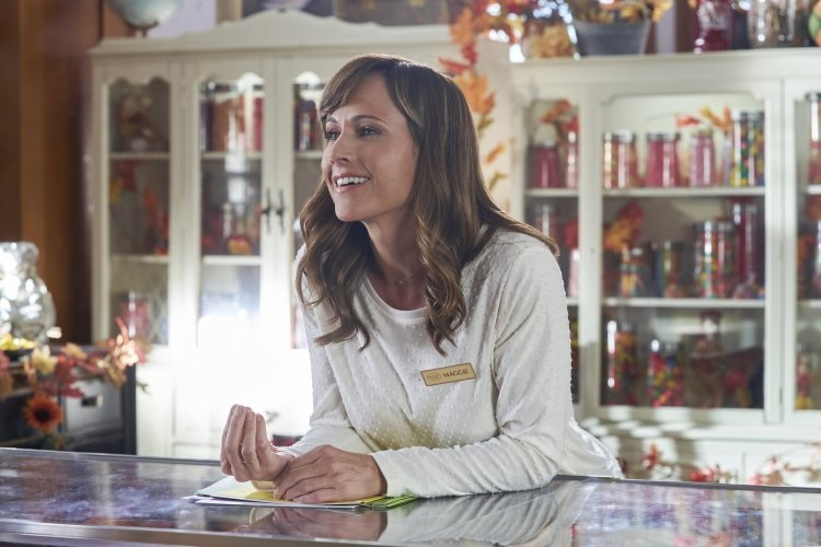 Nikki DeLoach in Sweet Autumn (Hallmark/Crown Media)