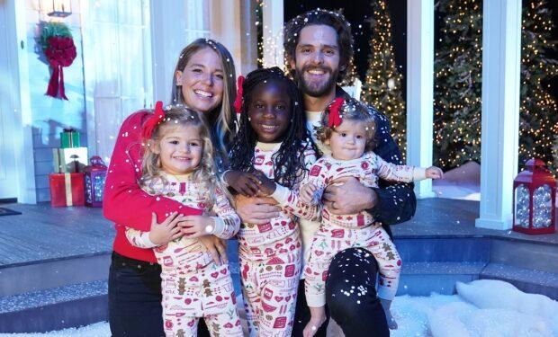 Thomas Rhett CMA Country Christmas