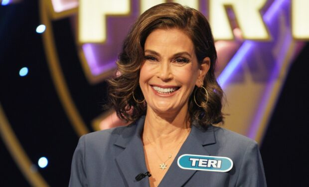 Teri Hatcher Celeb Wheel of Fortune