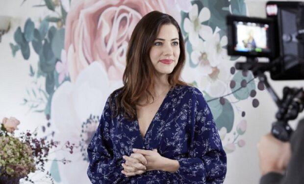 Julie Gonzalez in Flip That Romance (Hallmark/Crown Media)