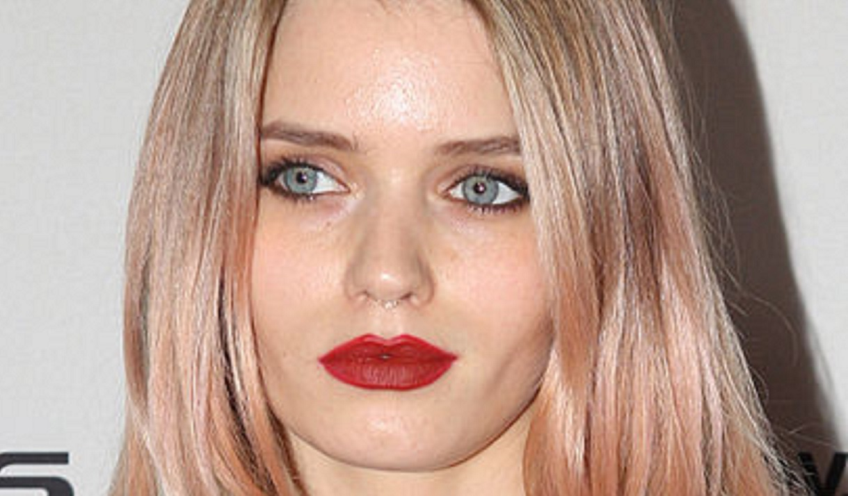 """'Lovecraft Country' Star Abbey Lee Stuns In Hot Pink Fishnet Bodysuit, """"Insanely Gorgeous"""""""